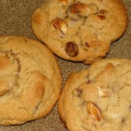 The Best Chocolate Chip Pecan Cookies Ever