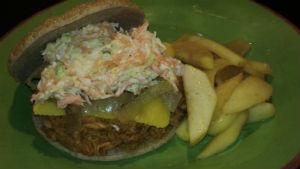 Bar B Que Pulled Pork (Slaw Burger)